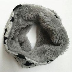 Zachte gevoerde baby sjaal grijs met sterren 6-36 maanden