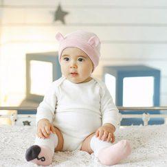 babymutsje roze met oren gestreept 3-16 maanden