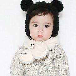babysjaal 6 maanden creme wit