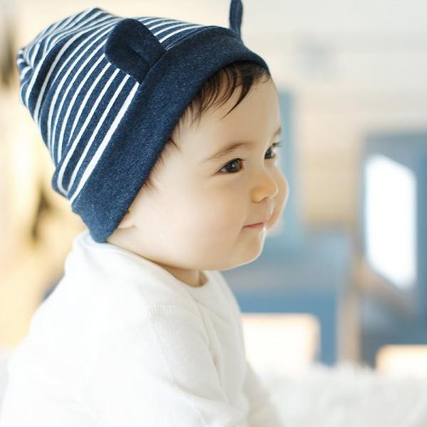 babymuts met oren blauw 6 maanden