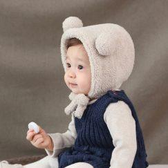 schattige warme baby muts met oortjes creme vanaf 3 maanden